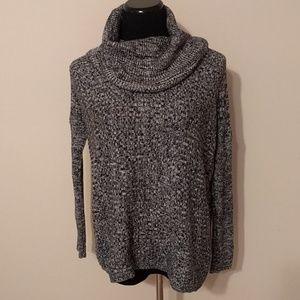 Alice + Olivia turtleneck/cowl neck sweater